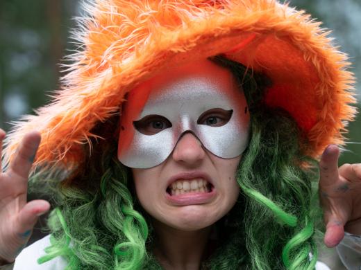 Melontaa, kiipeilyä ja hirviöitä Halloween-maailmasta
